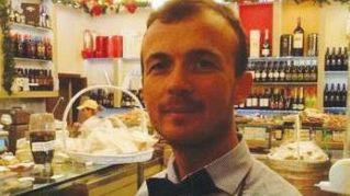 Lulzim, panettiere di Firenze che regala pane a donne incinta