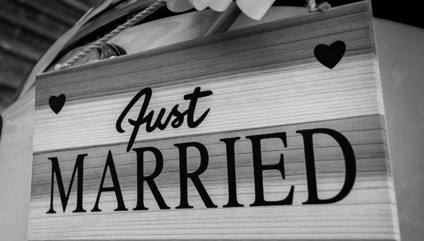 Le bizzarre origini di 11 tradizioni matrimoniali