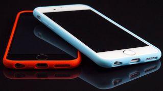 L'incredibile ragione per cui è bene avere due telefoni