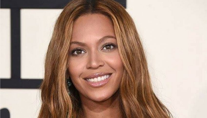 Beyoncé: le hit di una punk band finiscono per errore nel suo cd