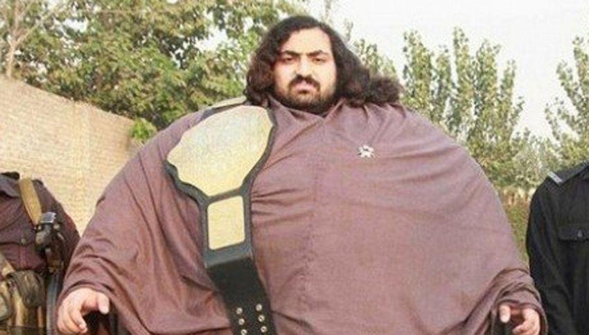 Il gigante che vuole diventare Hulk con 36 uova al giorno