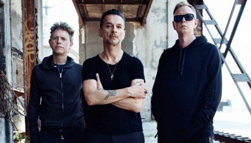 La pagina FB dei Depeche Mode sarà gestita dai fan per un anno