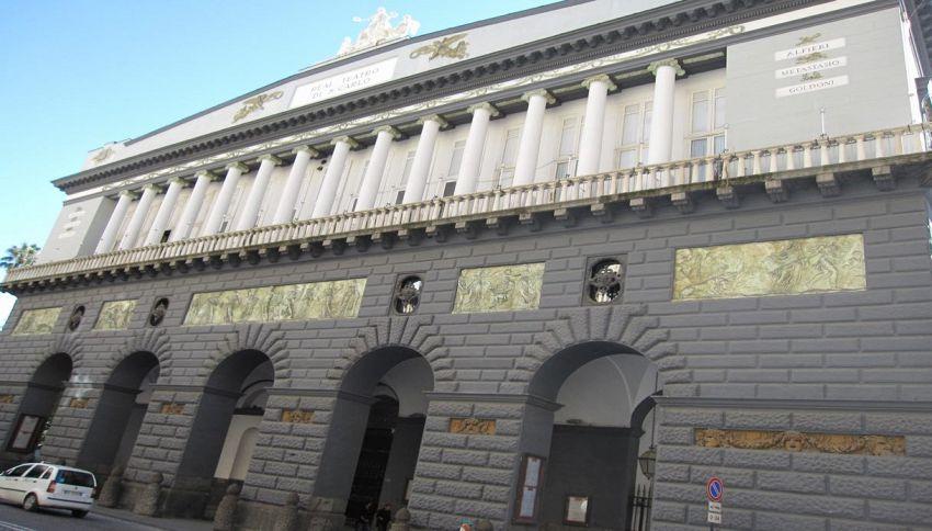 Al Teatro San Carlo di Napoli concerto gratuito per 1300 migranti