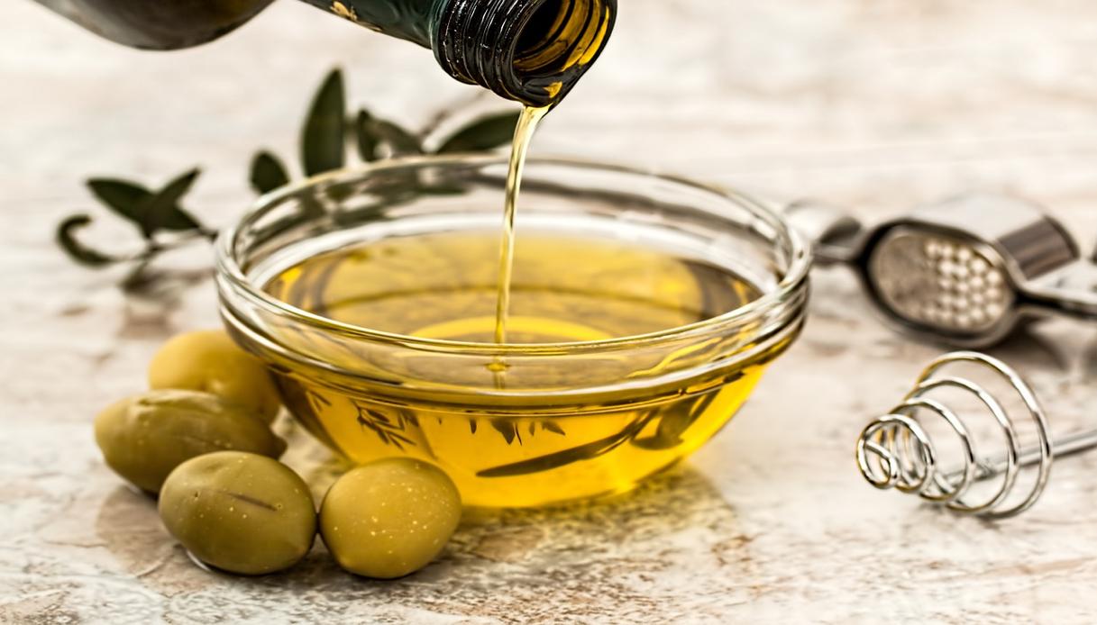 Le olive della Sardegna nel siero della giovinezza di Chanel