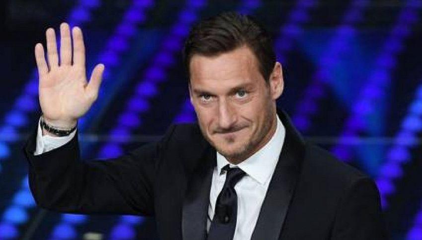 Sorteggio di Champions, tocca a Sheva e Totti