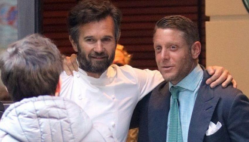 Lapo Elkann al ristorante con Carlo Cracco