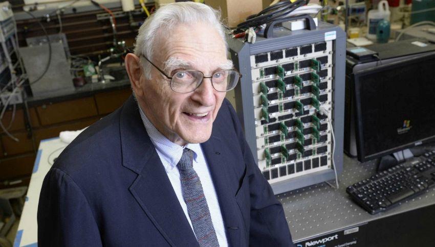 A 94 anni inventa una batteria super potente