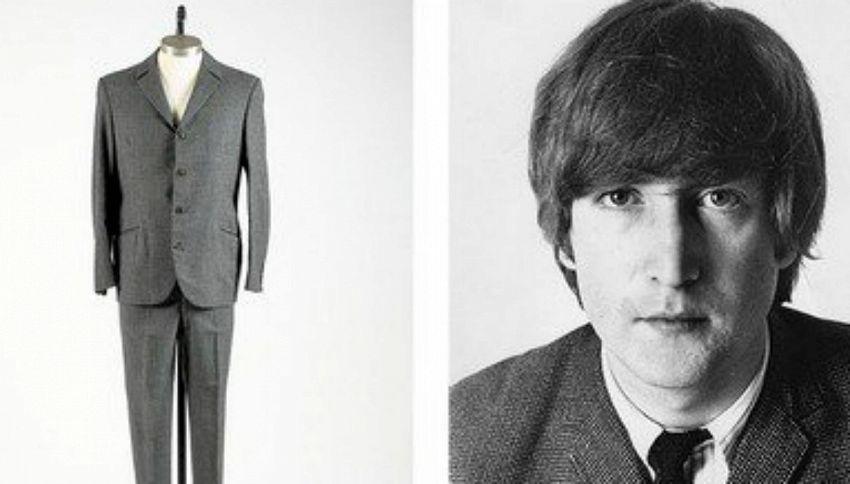 All'asta l'abito di John Lennon: ecco quanto viene