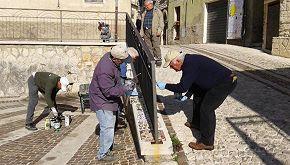 Abbateggio: i residenti diventano operai per salvare il paese