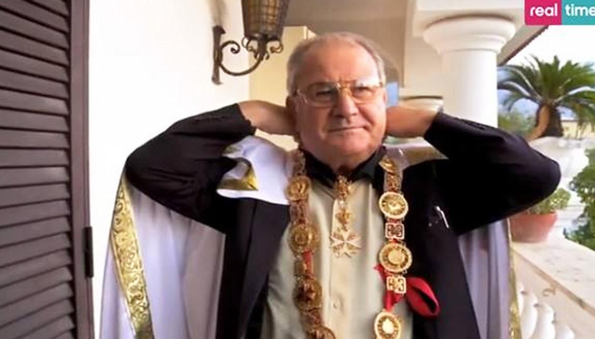 """Torna """"Il boss delle cerimonie"""" con l'omaggio a Don Antonio"""