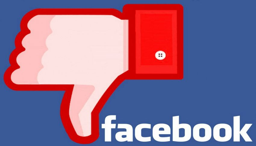 """Facebook, arriva il pulsante """"non mi piace"""" (su Messenger)"""