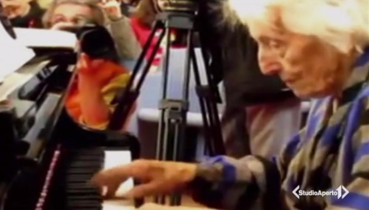 Ecco la pianista di 107 anni che suona Chopin