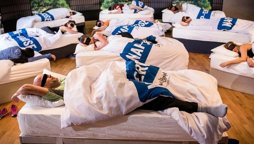 Si avvera il sogno dei pigri: 45 minuti in palestra per dormire