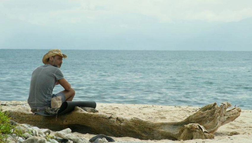 Isola: a poche ore dalla finale Raz Degan spunta su Instagram