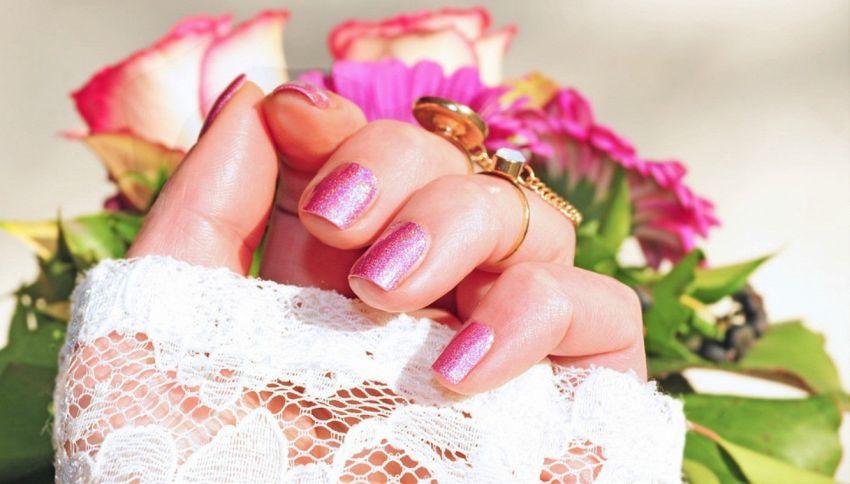 Dimmi di che colore hai le unghie, ti dirò chi sei