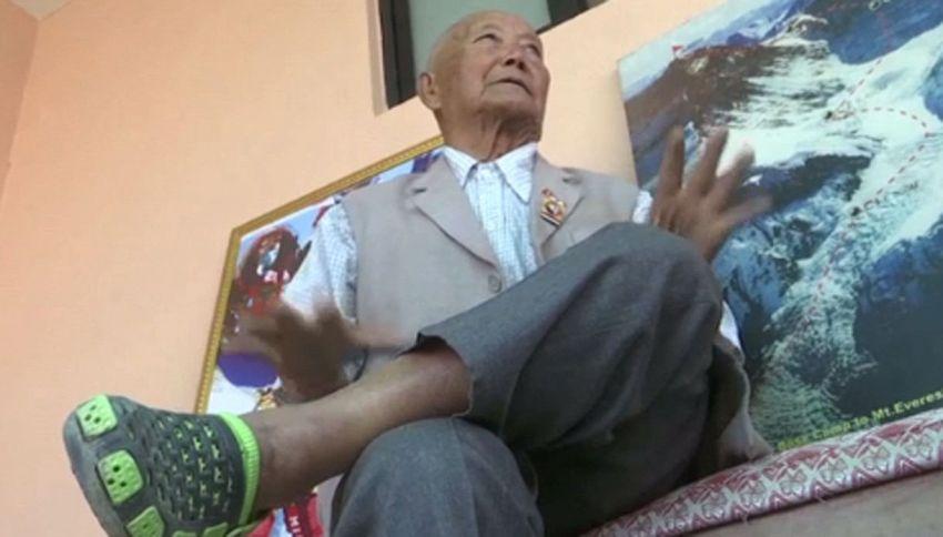 Vuole scalare l'Everest a 85 anni e battere il Guinness