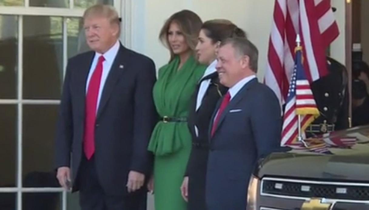 Melania e Rania di Giordania alla Casa Bianca. Ed è subito gara