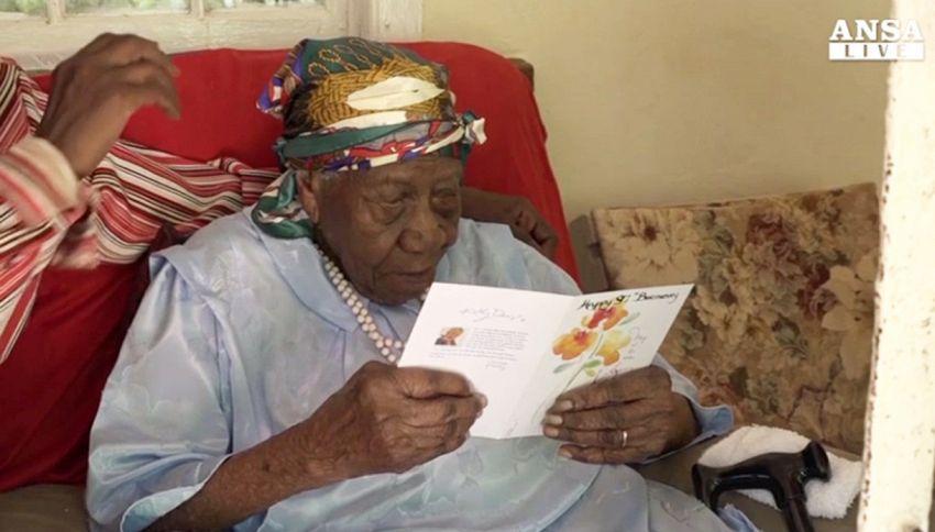 Violet, la donna più anziana dopo la morte di Emma: ha 117 anni
