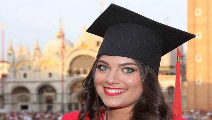 Studentessa italiana dà la tesi in cinese: è la prima volta