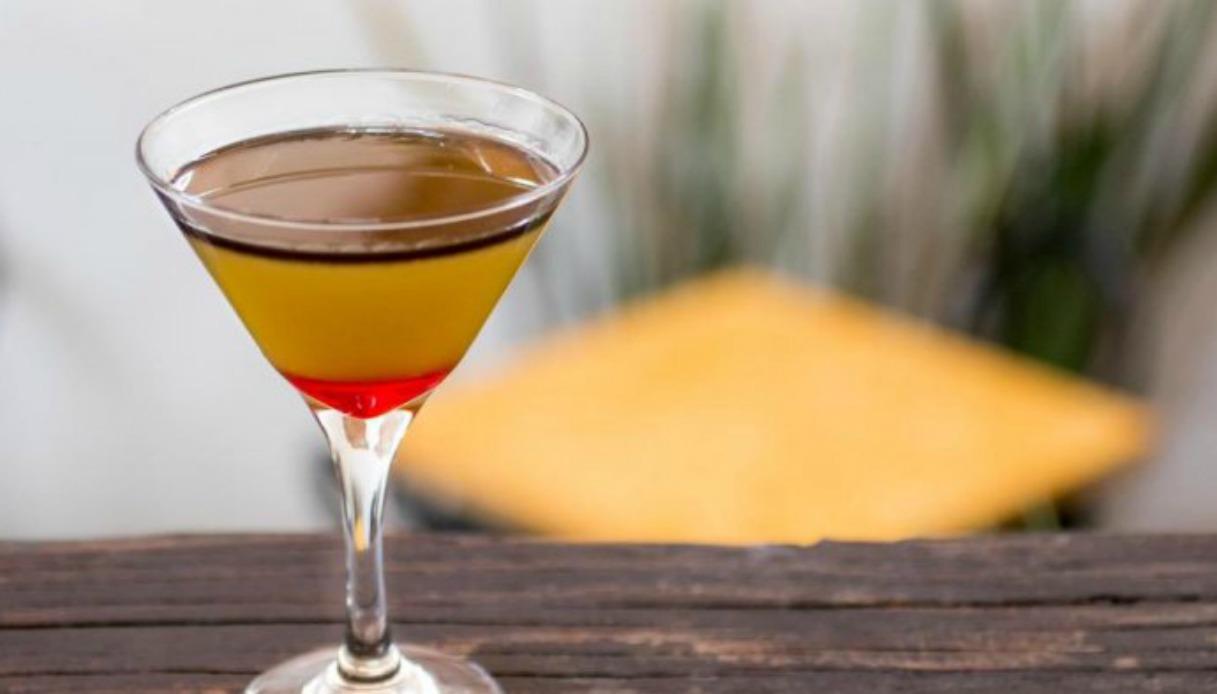 Arriva Aragog, il cocktail preparato con veleno di tarantola