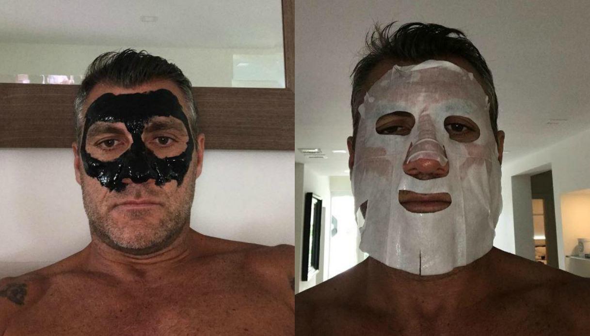Christian Vieri con le maschere di bellezza sui social