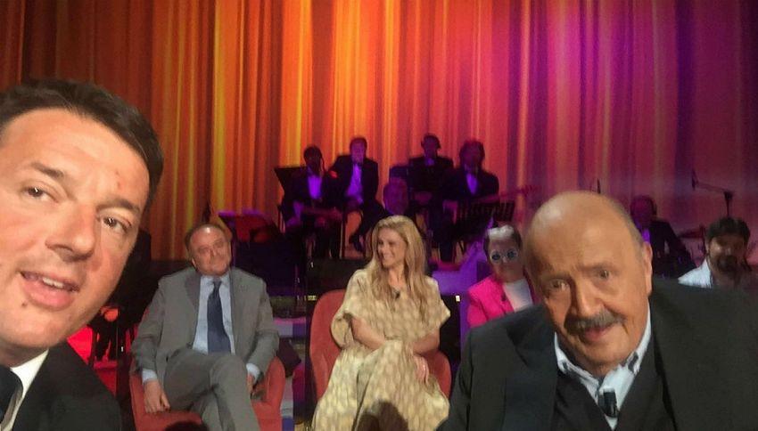 Matteo Renzi e Maurizio Costanzo: il selfie che non ti aspetti
