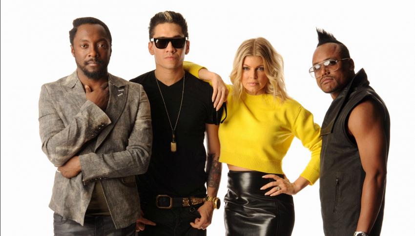 I Black Eyed Peas suonano alla finale di Champions League