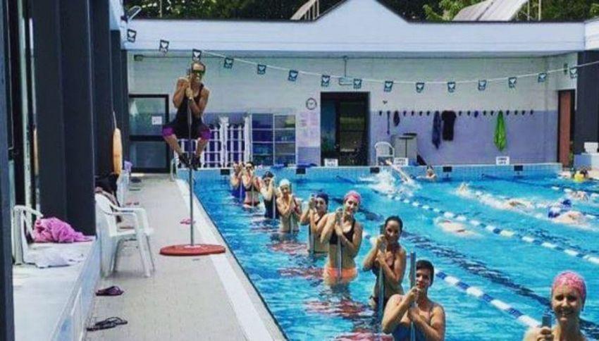 Cos'è l'acqua pole, la nuova moda del fitness