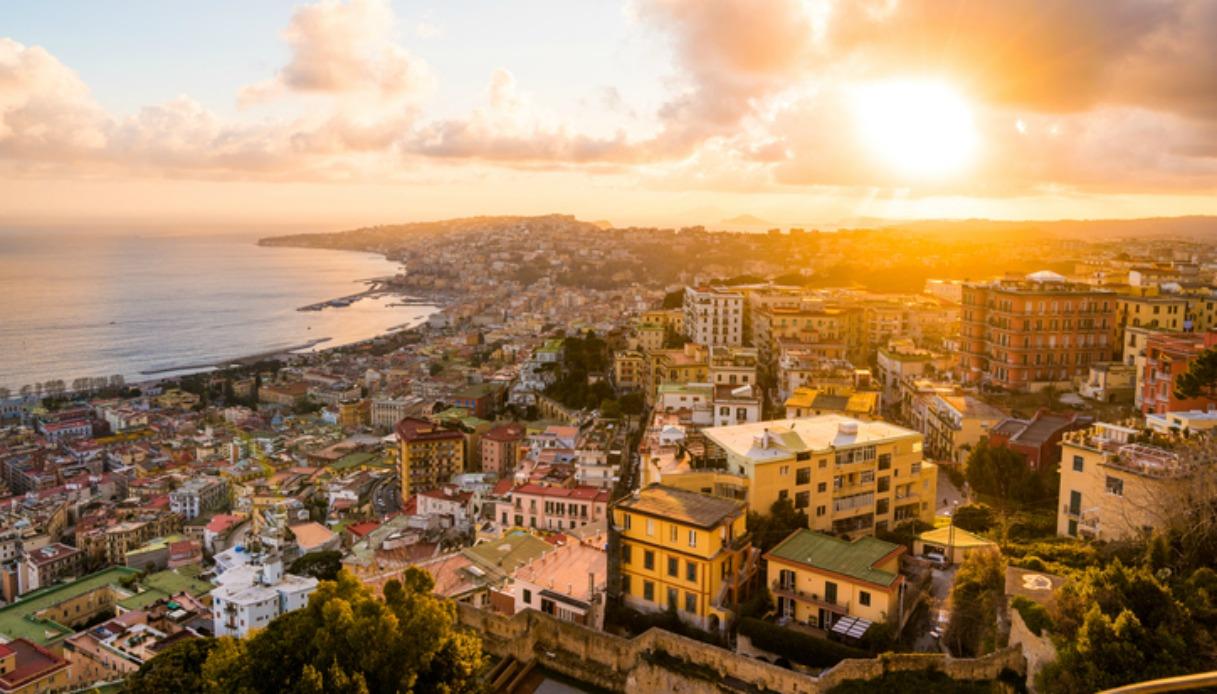 Il post d'amore per Napoli diventa virale. La rivincita sul Sun