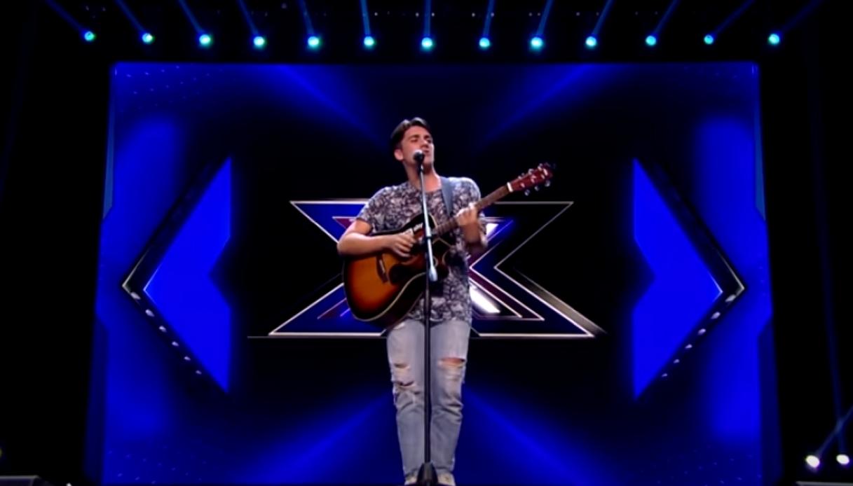Chi è Nico Arezzo, il 18enne figlio d'arte che canta ad X Factor