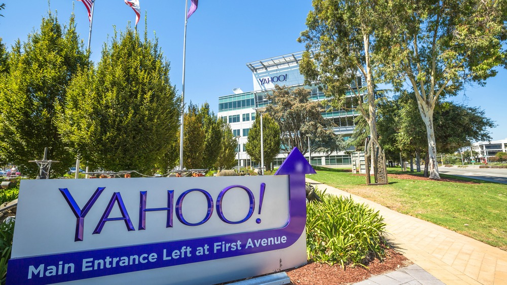 Verizon ci ripensa. L'acquisto di Yahoo è davvero in bilico?