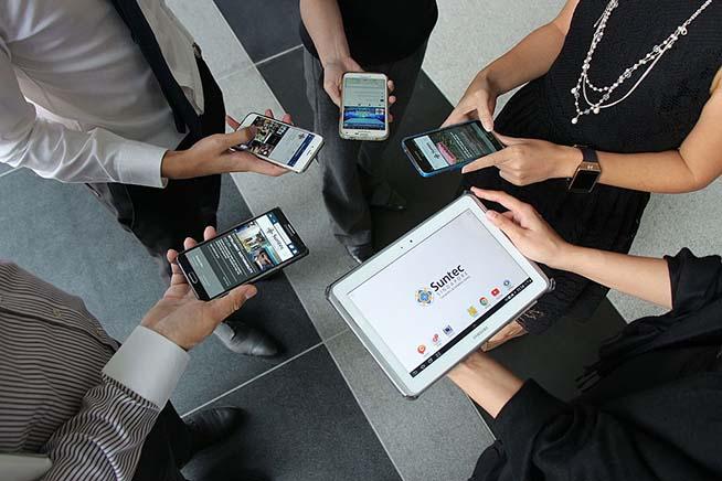 Smartphone connessi al Wi-Fi