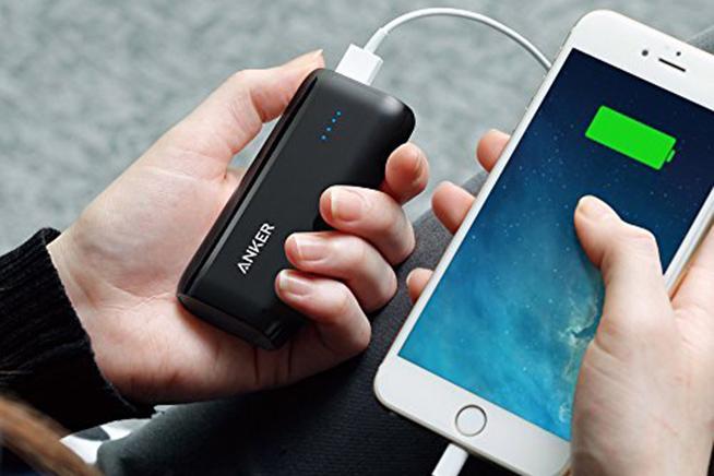 Problemi con la batteria dell'iPhone? premi sull'immagine e scopri i migliori battery pack per lo smartphone Apple