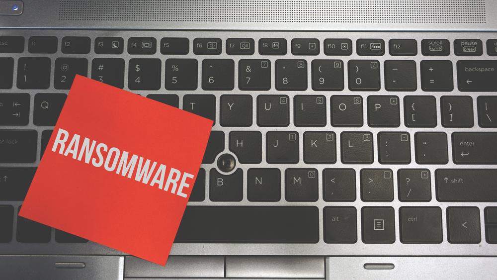 I ransomware bloccano i pc del sistema sanitario britannico