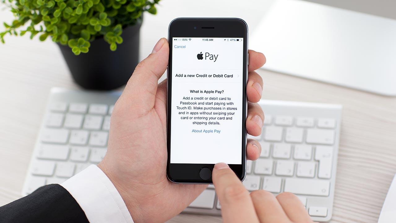 Pagamenti comodi e sicuri, Apple Pay sta per sbarcare anche in Italia