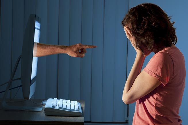 Premi sull'immagine per scoprire cosa rischiano i cyberbulli