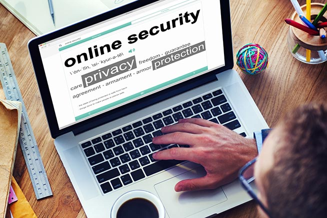 Premi sull'immagine per scoprire come proteggere la propria privacy online seguendo i consigli degli esperti