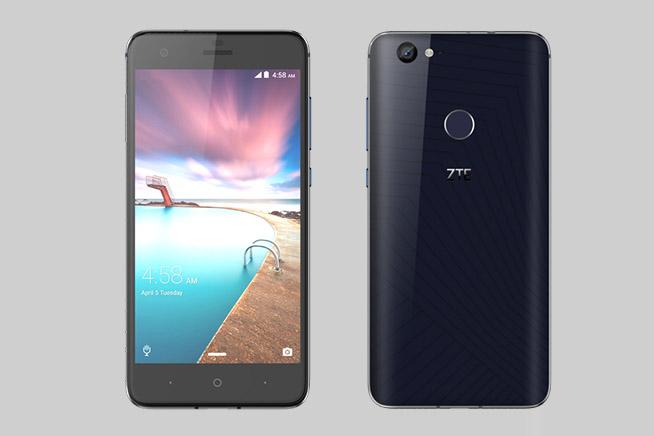 Premi sull'immagine per scoprire le caratteristiche dello ZTE Hackeye, il primo smartphone che si attacca al muro