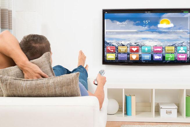 Premi sull'immagine per scoprire se il vostro televisore vi sta spiando