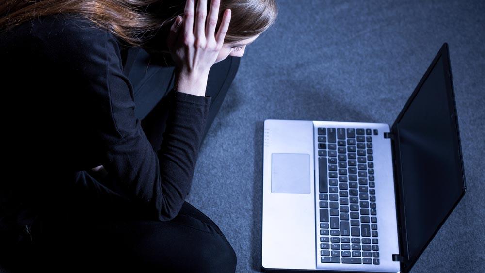 Usare Facebook è sintomo di depressione, lo dice la scienza