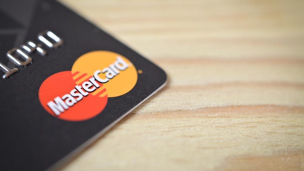 MasterCard, carte di credito senza pin: basta l'impronta digitale