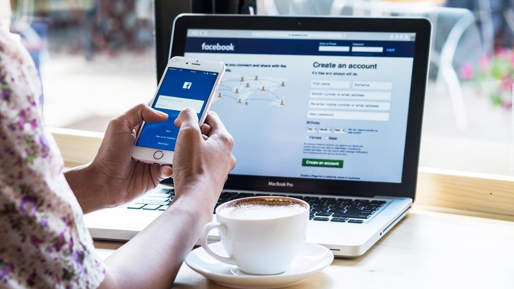 Come usare più account Facebook su uno stesso browser