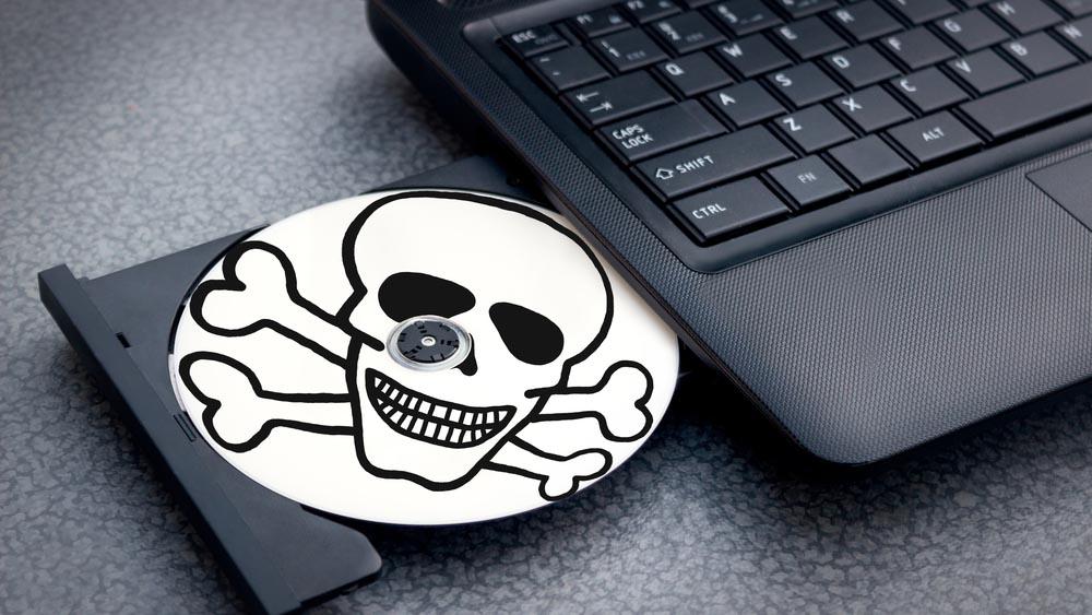 PMI, lavoratori italiani contro il software pirata