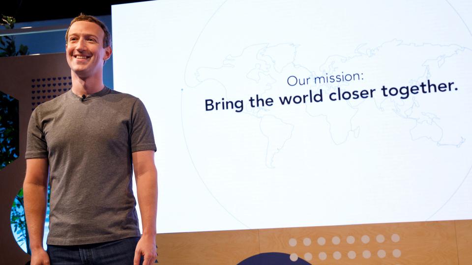Facebook Gruppi, nuove funzioni per creare comunità locali