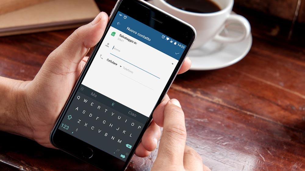 Come aggiungere o importare contatti con Android