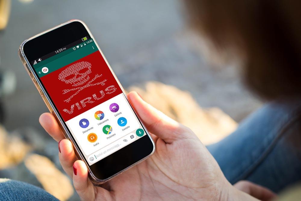 Pericolo WhatsApp, gli hacker possono inviare i virus tramite le chat