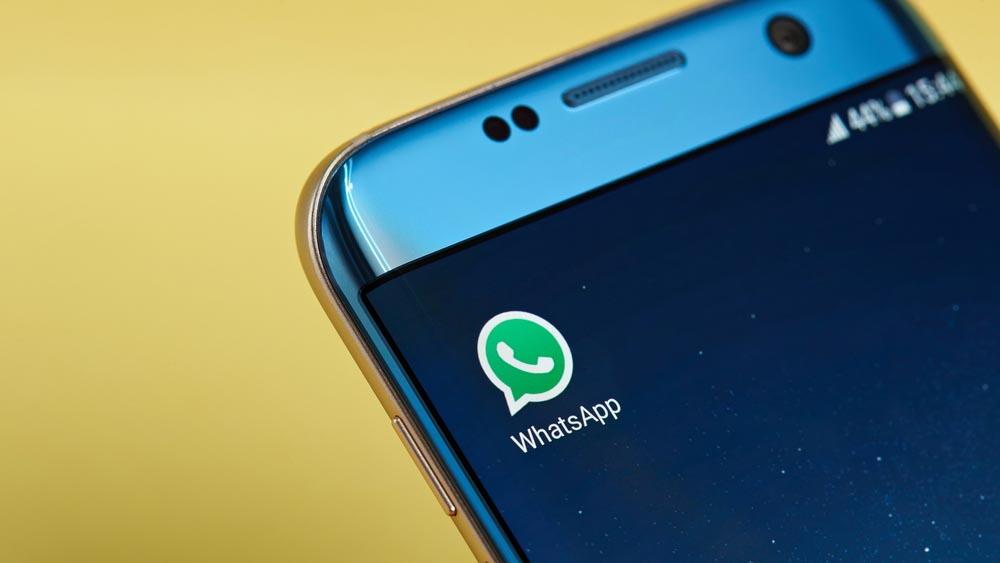 Nuova truffa su WhatsApp: niente dolciumi in palio