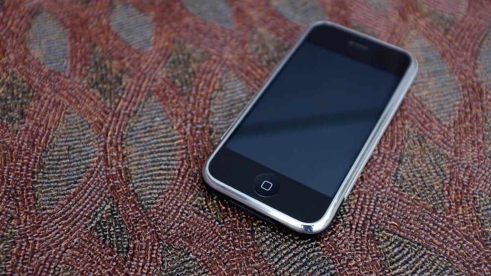 5 ragioni per cui vale la pena tenere il vecchio iPhone