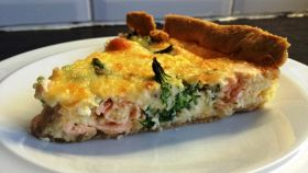 Crostata di salmone: un'idea alternativa per un antipasto di classe