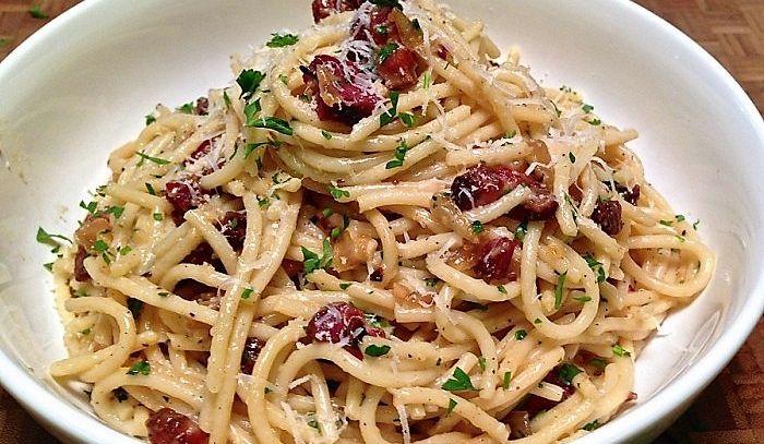 Spaghetti con pancetta